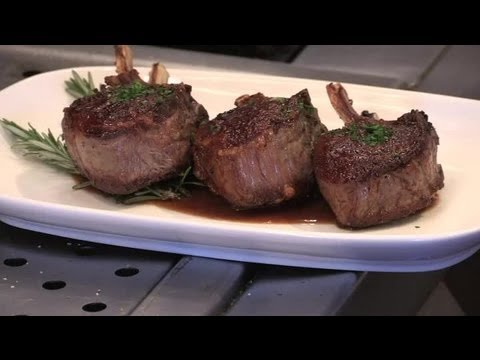 How to Pan-Fry Lamb Leg Steaks : Delicious Dishes