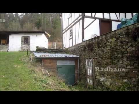 Water wheel producing up to 6kw hydro electric power