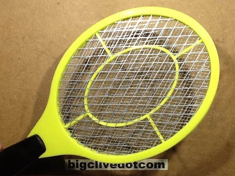 Inside a bug zapper racket / racquet , with schematic.