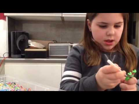 How to make a fishtail plat loom band ring