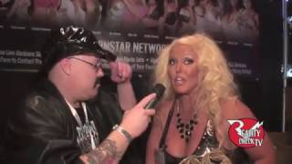 "Alura ""TNT"" Jenson at AVN 2016 )(part 1)"