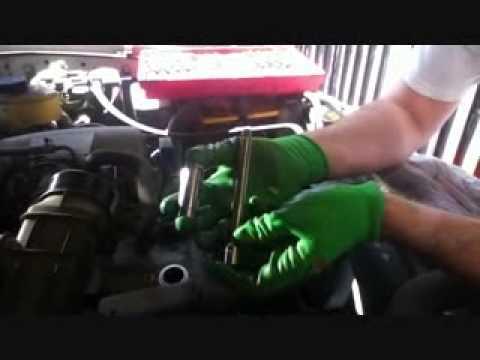 2000 Toyota Tacoma Inline spark plug removal