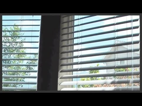 How to clean metal Venetian blinds