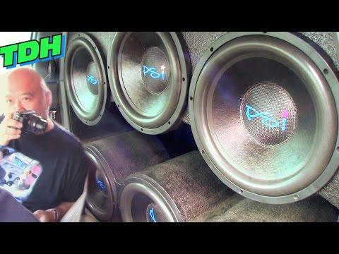EXTREME CAR AUDIO @ TDH 2015 w/ Big BASS FLEX & Loud Subwoofer Songs / Demo Reactions