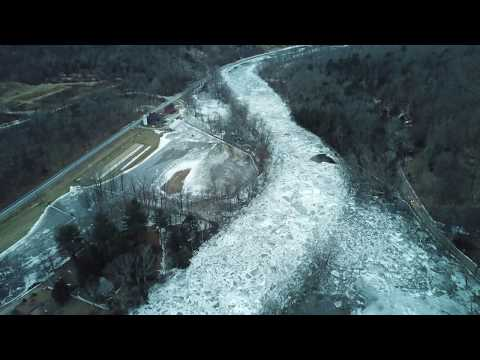 Ice jam of the Housatonic River and the closure of 7 Kent Ct. (mute undesirable background audio)
