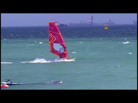 Windsurfing Singapore   1 Sep 2017