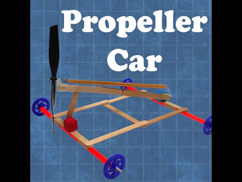 How to launch a propeller-powered rubber band car