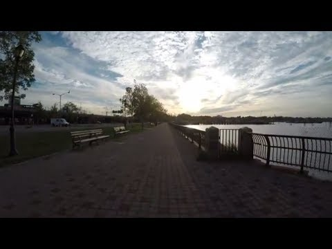 ⁴ᴷ Walking Tour from Downtown Flushing, Queens, NYC to LaGuardia Airport via Flushing Promenade