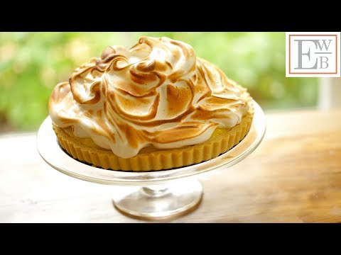 How to Make a Beautiful Lemon Meringue Tart