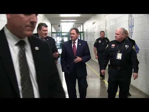 Governor Herbert Tours Offender Programs at Utah State Prison