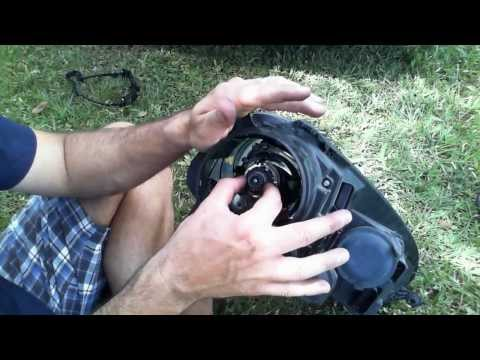 How to replace headlight bulb for a Volkswagen VW GTI MKV, MK5 (late 2000s)