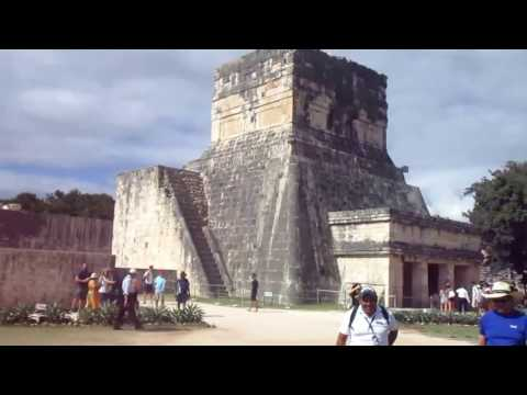 Chichen Itza:  The Great Ruins of the Mayan People