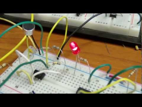 Mic amplifier and clap comparator circuit