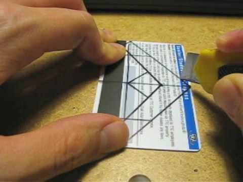 DIY Iphone Holder tutorial using one credit card