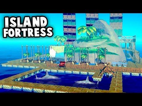 HUGE Island FORTRESS vs SHARK Attack! (Raft 2018 Gameplay)