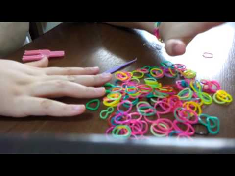 How to make bracelets and rings by loom bands