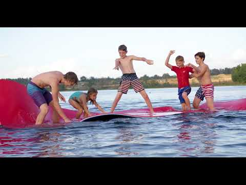 Overton's Patriotic Splash Island