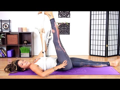 Hip Opening Yoga - Relaxing & Deep Hip Stretches