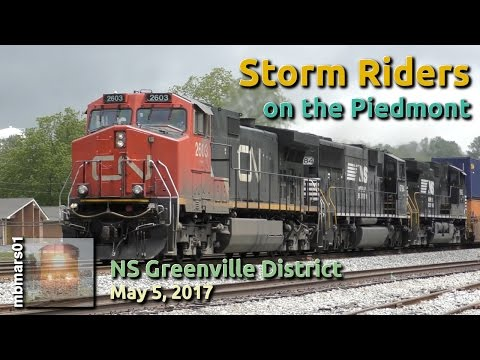 [4y] Storm Riders on the Norfolk Southern Piedmont Subdivision, 05/05/2017 ©mbmars01