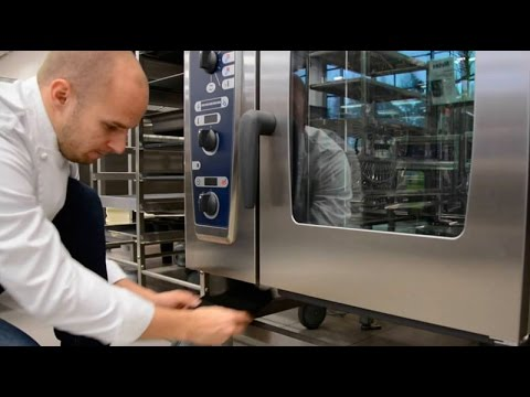 Training video CombiMaster Plus combi steamer - Filter cleaning