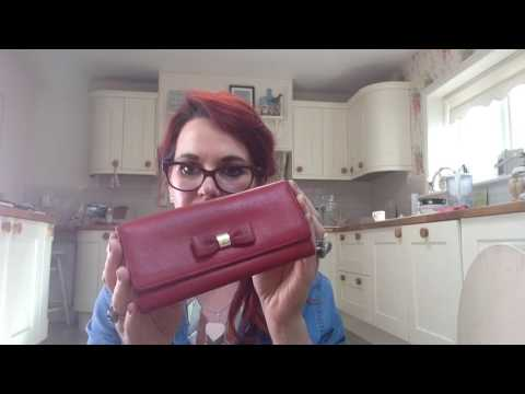Mulberry bow purse part2 After Results with colłonil 1909 leather cream & collonil clean +care