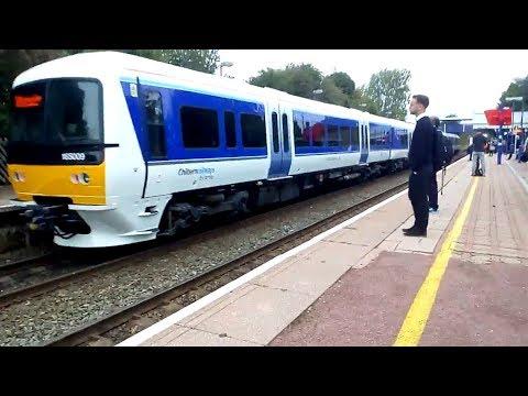 Chiltern 165025 & BRAND NEW 165009 arrive at Stoke Mandeville