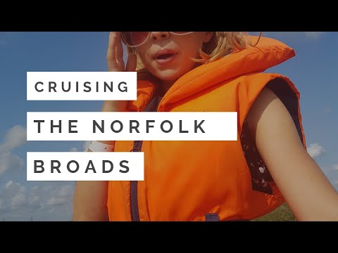 Cruising The Norfolk Broads River Waveney from St Olaves to Burgh Castle