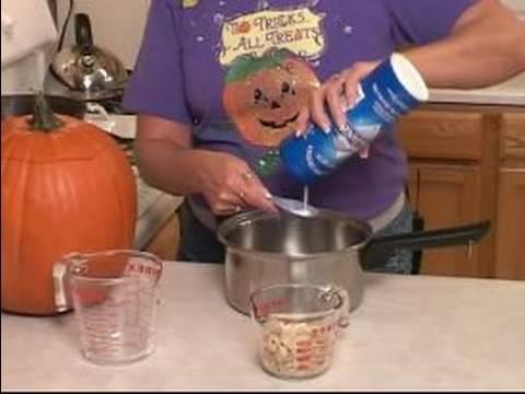 How to Roast Pumpkin Seeds : How to Pre-Salt Pumpkin Seeds