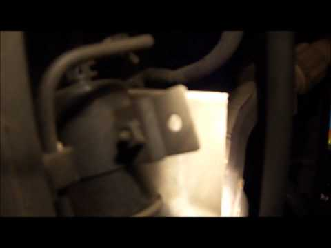 2002 Isuzu Rodeo LS 3.2L V6 Fuel Filter Replacement