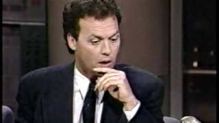 Michael Keaton Promoting Batman On David Letterman 62289 1 Of 2