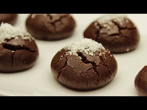 Moist Chocolate Cookies Recipe - Cocoa Cookies with Sugar Syrup