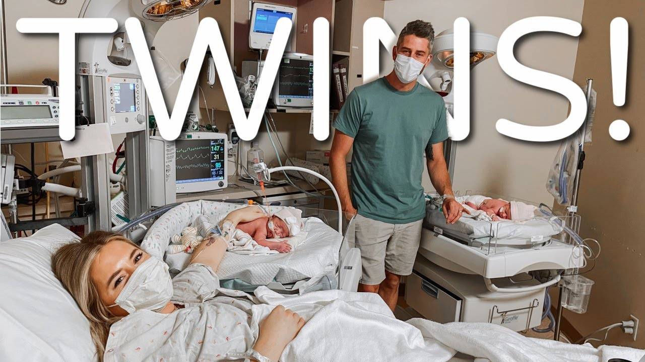 MEET OUR BABIES! TWIN BIRTH VLOG | LAUREN & ARIE