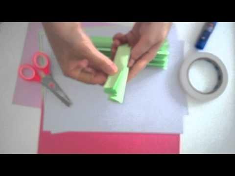 DIY crafts: Paper Rosettes or Paper Fans tutorial
