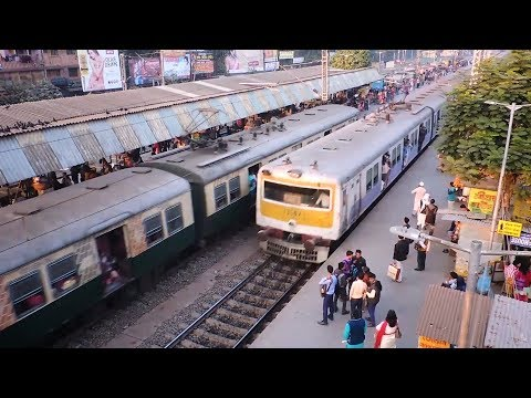 Busy Train Station 13 sec Timelapse - Barasat, WB, India