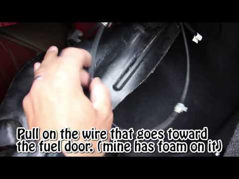 Quick fix - Honda (Accord) fuel door won't open