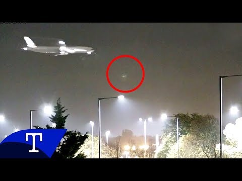 ANOTHER Mystery Object Flashes Over Heathrow Airport