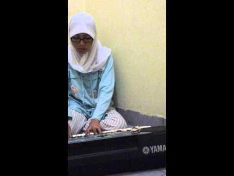 Ngaca dulu deh!! Cover by Nurhayati Fajrin