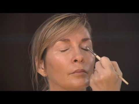 Makeup Artist Dallas TX Classic Contour Eye Shadow