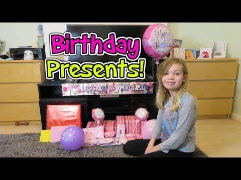 Hollies 12th Birthday! Opening Birthday Presents - Present Opening