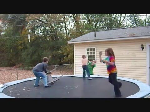 Trampoline Wrestling Federation - Over da Ropes