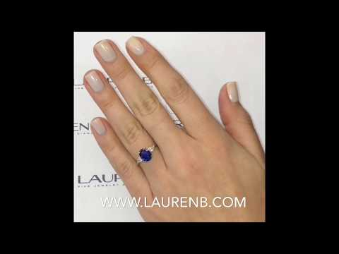 2.04 ct Oval Sapphire Engagement Ring