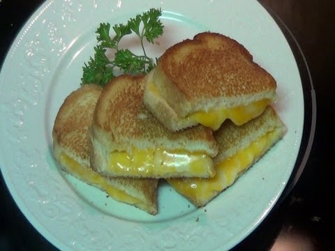 How to make a Grilled Cheese like a pro (Colby Jack Grilled Cheese Sandwich)