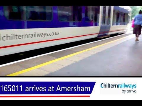 Chiltern 165011 arrives at Amersham