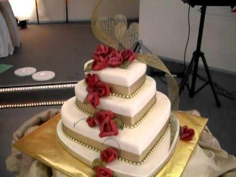 FRESCO FOODS CREATES A SRI LANKAN MILK RICE WEDDING CAKE