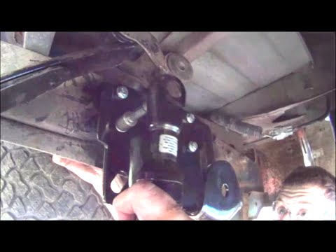 How To Replace Leaf Spring Hanger Without Torch \\ 05 Toyota Tundra