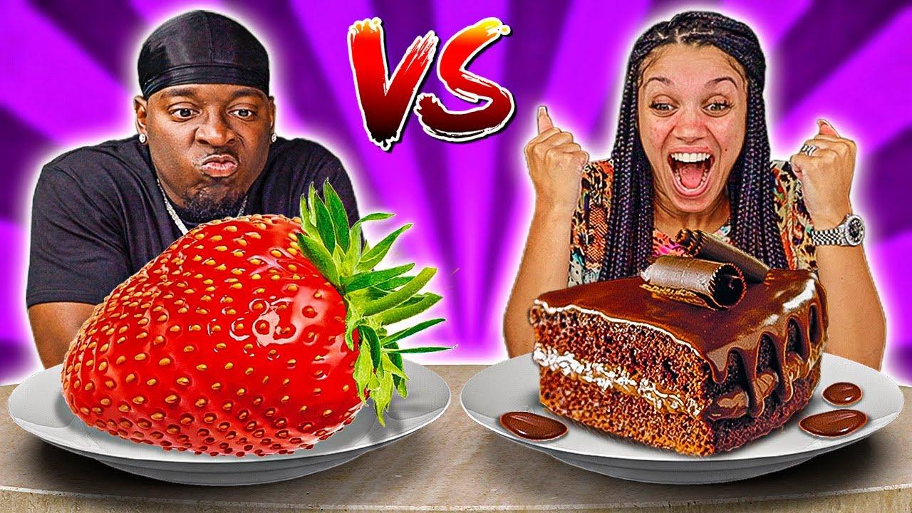 STRAWBERRY VS CHOCOLATE FOOD CHALLENGE
