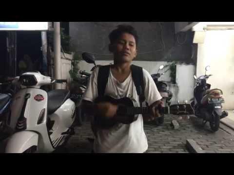 Pengamen Cilik - nyanyi lagu Munaroh