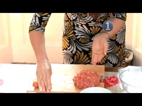 How To Cook Meatballs In Tomato Sauce