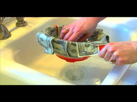 Money Wash: Washing Bills with tobismom