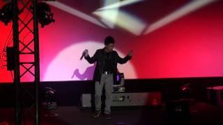 Jovit Baldivino ROCKS w/ Yeng Constantino in Vienna 2011 part 1